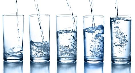Boire de l'eau favoriserait la perte de poids